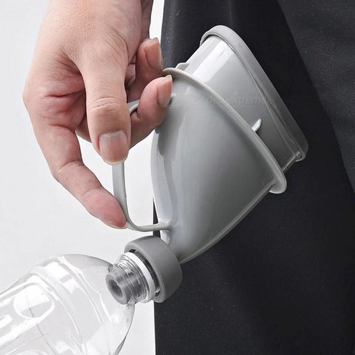 Portable Unisex Adult Urinal Potty Funnel. £2.49 @ DealExtreme