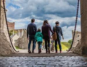 English heritage membership for two adults and upto 6 children £65.40 @ BuyAgift