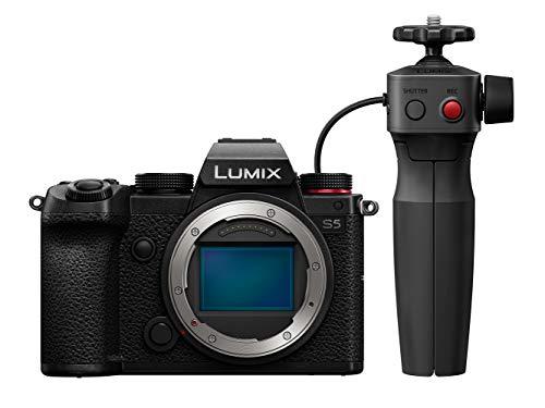 Panasonic LUMIX DCS5GR-KIT S5 Ff Mirrorless Camera body, 4K 60P Flip Screen and Wi-Fi, L-Mount, 5-Axis Dual I.S £1,447 at Amazon