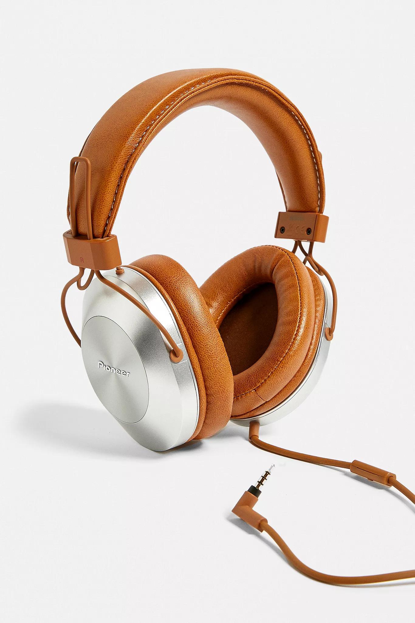 Pioneer DJ MS7BT Over-Ear Headphones £31 @ Urban Outfitters