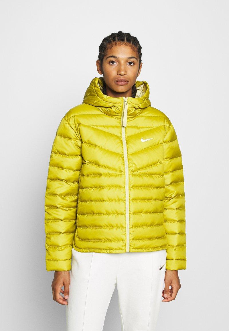 Nike Sportswear Down jacket - £56 @ Zalando