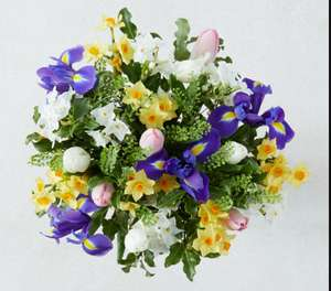 Bouquet Offers £20 including 30 Roses for Free nominated day delivery @ Marks & Spencer
