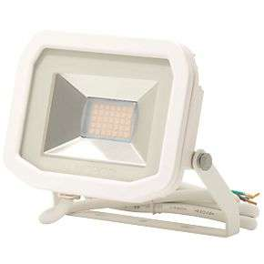 Luceco LFS6W150 LED Slim Floodlight White 8W for £9.99 or LFS12W150 15W for £13.59 delivered @ screwfix