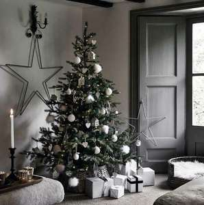 The White Company Pre-Lit Grand Spruce 6ft Artificial Christmas Tree £149.99 @ xsitems_ltd / eBay