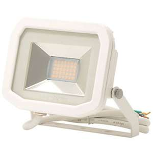 Luceco Lfs6w150 Led Slim Floodlight White 8w £6.69 Delivered @ Screwfix