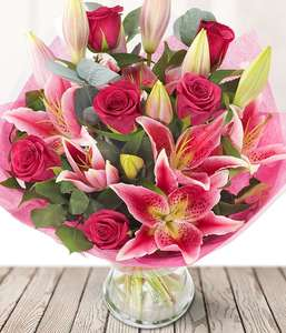 Valentines - eFlorist - Roses (large) Lily & Chocs £33.99 + £5.99 delivery