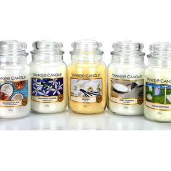 5 Large Yankee Candle Classic Signature Jars £60 @ Yankee Bundles