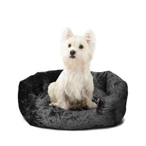 Bunty Bellagio Dog Bed in black crushed velvet from £17 for small delivered using code @ Bunty
