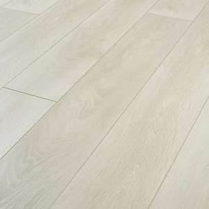 Wickes Aspen Light Oak Laminate Flooring - 2.22m² pack (9 individual boards) for £27.93 delivered @ Wickes