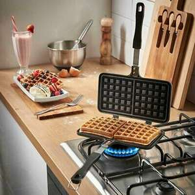 Stove top Waffle Maker £9.99 @ eBay / pricebuster_uk1