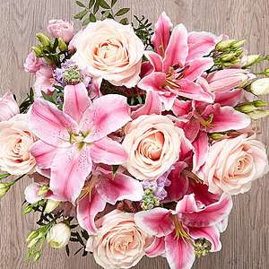 Extra 15% off Flowers, Plants & Bouquets using discount code @ Serenata Flowers