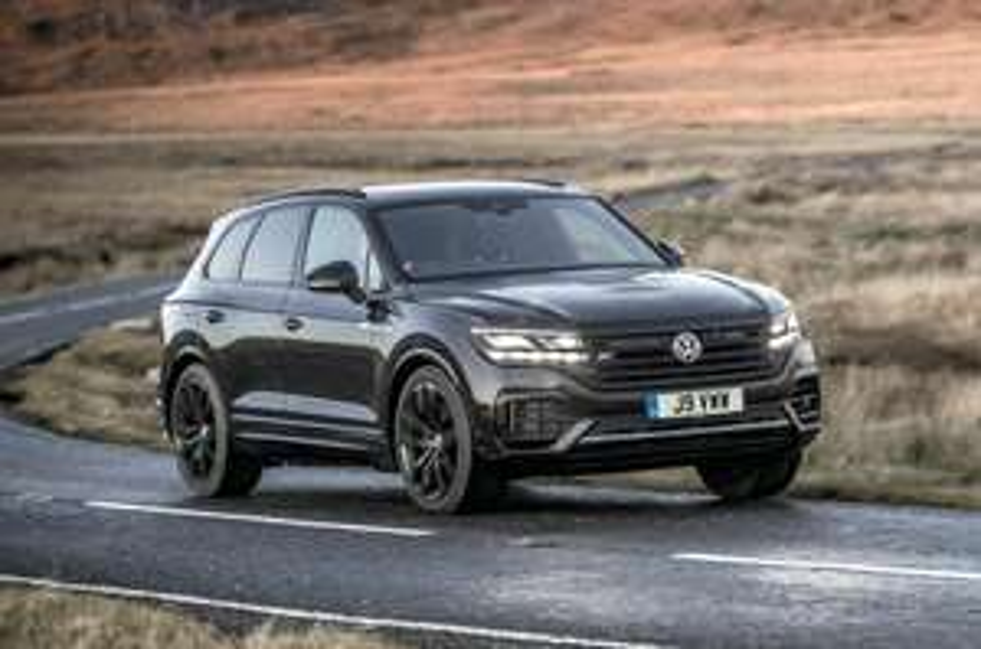VOLKSWAGEN TOUAREG DIESEL ESTATE 3.0 V6 TDI 4Motion Black Edition 5dr Tip Auto £49270 @ Drive the deal