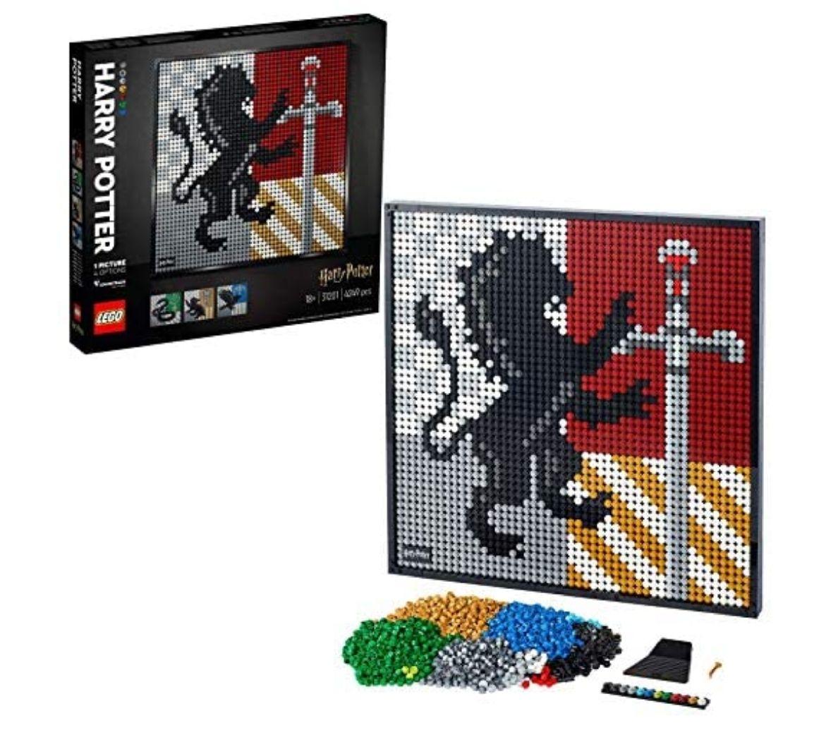 LEGO Art 31201 Harry Potter Hogwarts Crests Poster £89.20 Amazon