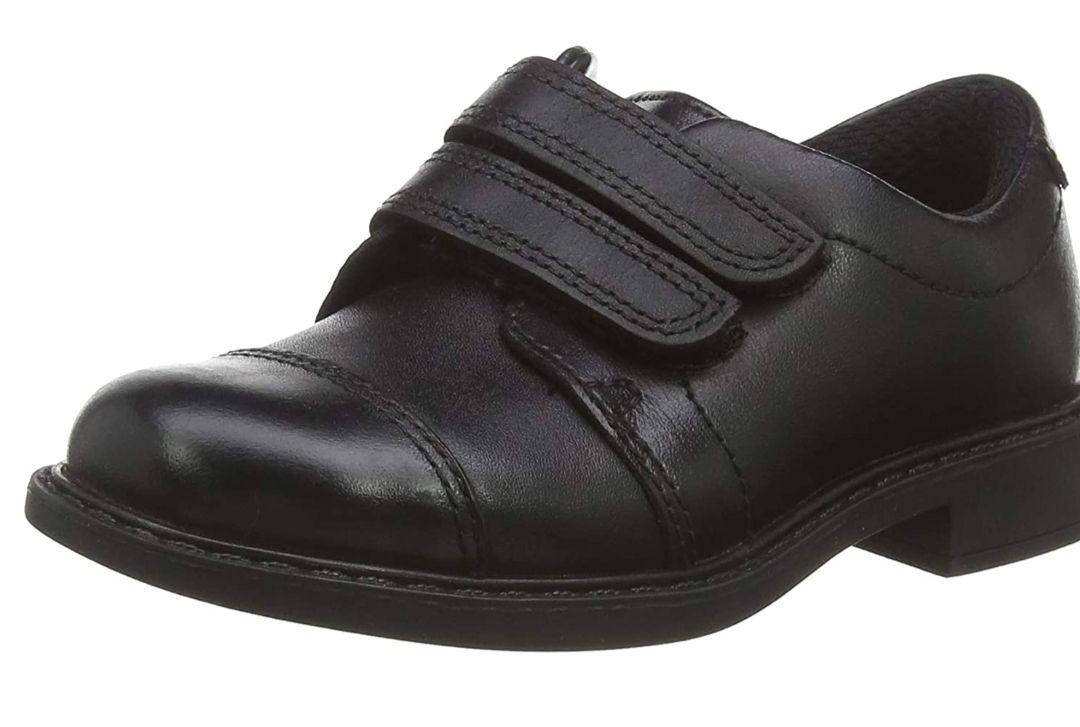 Clark's boy's scala skye k loafers size 7.5 & 8.5 now £13.50 prime / £17.99 non prime at Amazon