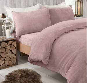 Teddy Fleece Bedding in pink or charcoal grey Single £10.39 (£2.99 delivery) @ IWOOT