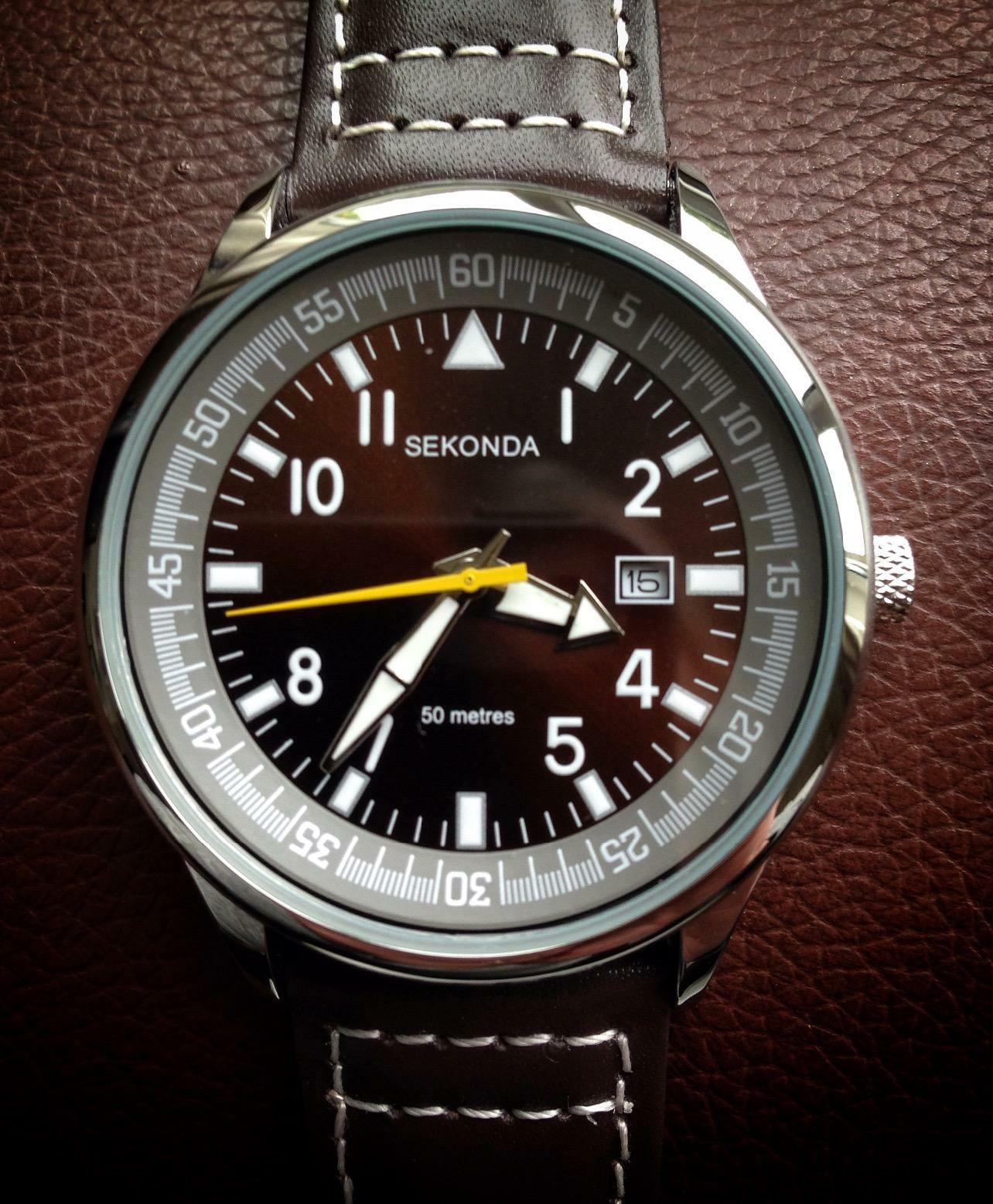 Sekonda Men's Quartz Watch with Analogue Display - £20 @ Amazon