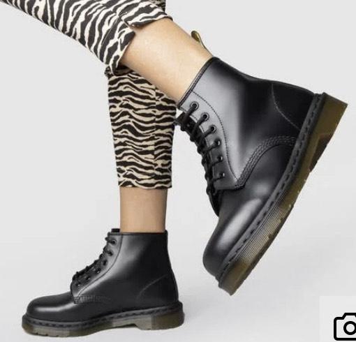 Dr Martens black 101 6 eye boots - £98.99 delivered @ Schuh