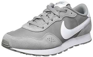 Nike Boy's Md Valiant (Gs) Running Shoe Size 6 - £13.31 with prime (+£4.49 non prime) @ Amazon