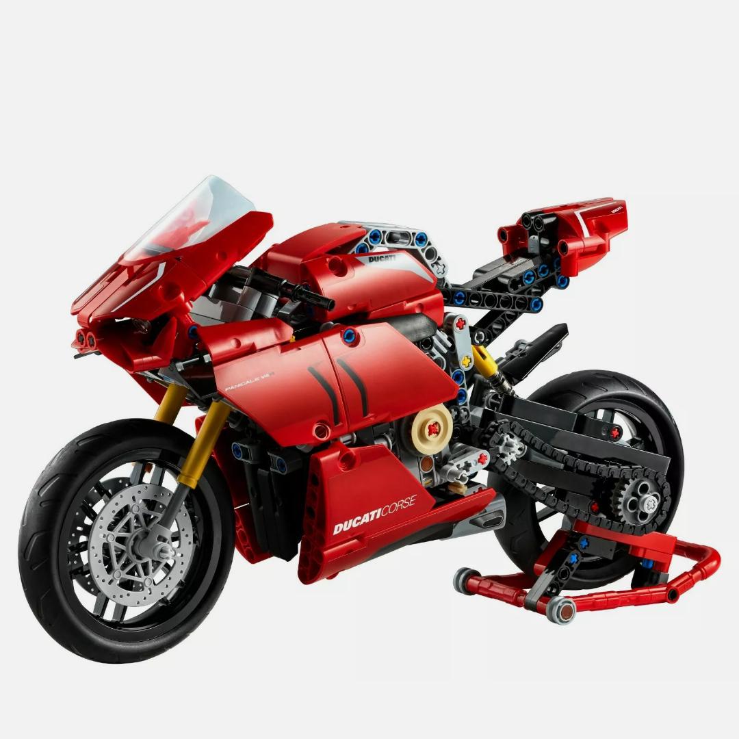 LEGO Technic 42107 Ducati Panigale V4 R - £39.59 with code @ ToyBarnHaus eBay