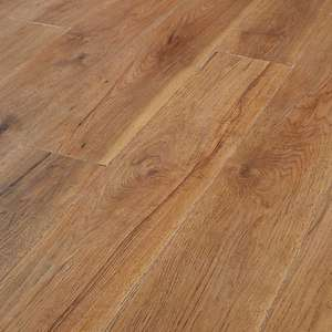 Wickes Rockland Hickory Laminate Flooring - 2.22m² pack (9 individual boards) for £19.98 click & collect (+£7.95 delivery) @ Wickes