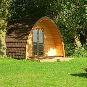 Three Nights for the Price of Two Glamping Break at Daisy Banks + Bottle of Wine/Bubbles now £78 with code (Valid for 20 months) @ Buyagift