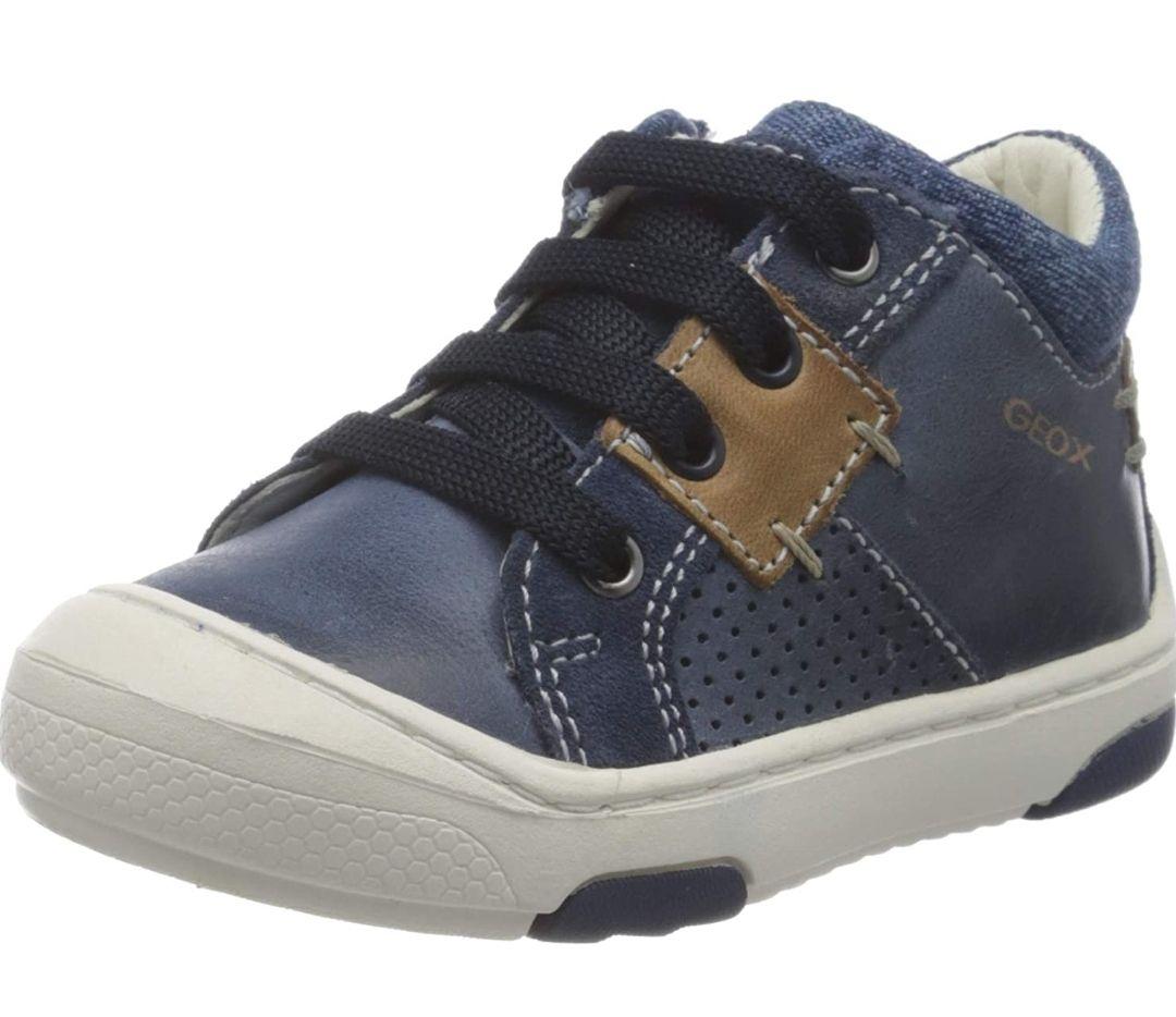 Geox Boy's B Jayj B Low-Top Sneakers, size 3 UK child - £7.90 Prime / +£4.49 non Pri,e at Amazon