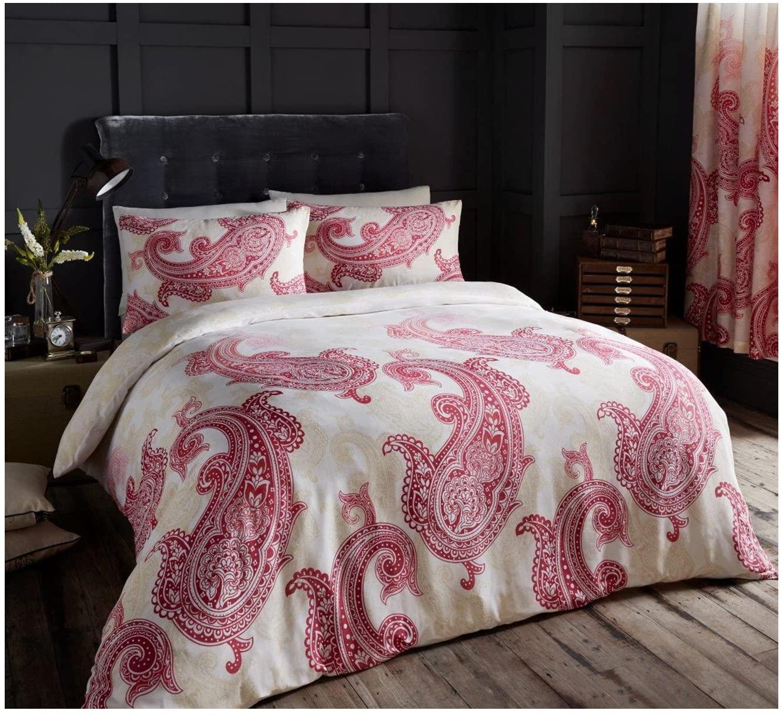 Paisley Crescent King Sized Bed Set - £9.69 (+£4.49 Non Prime) @ Amazon