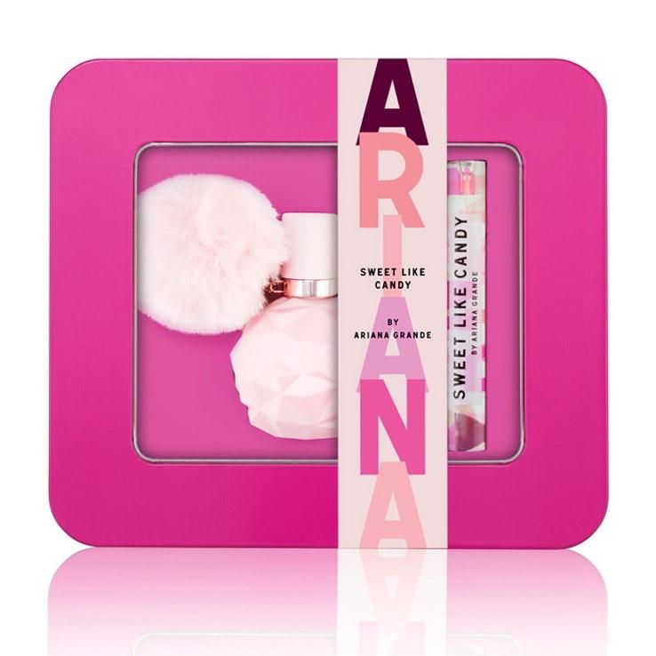 Ariana Grande Sweet Like Candy Eau De Parfum 30ml Gift Set - £14.45 + £2.99 Delivery @ Fragrance Shop