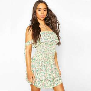 Floral Print Tie Detail Skater Dress £12.00 + 99p UK mainland delivery @ boohoo