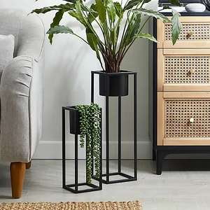 Set of 2 black planters for £20.00 + Free Click & Collect / £3.95 Delivery from Dunelm
