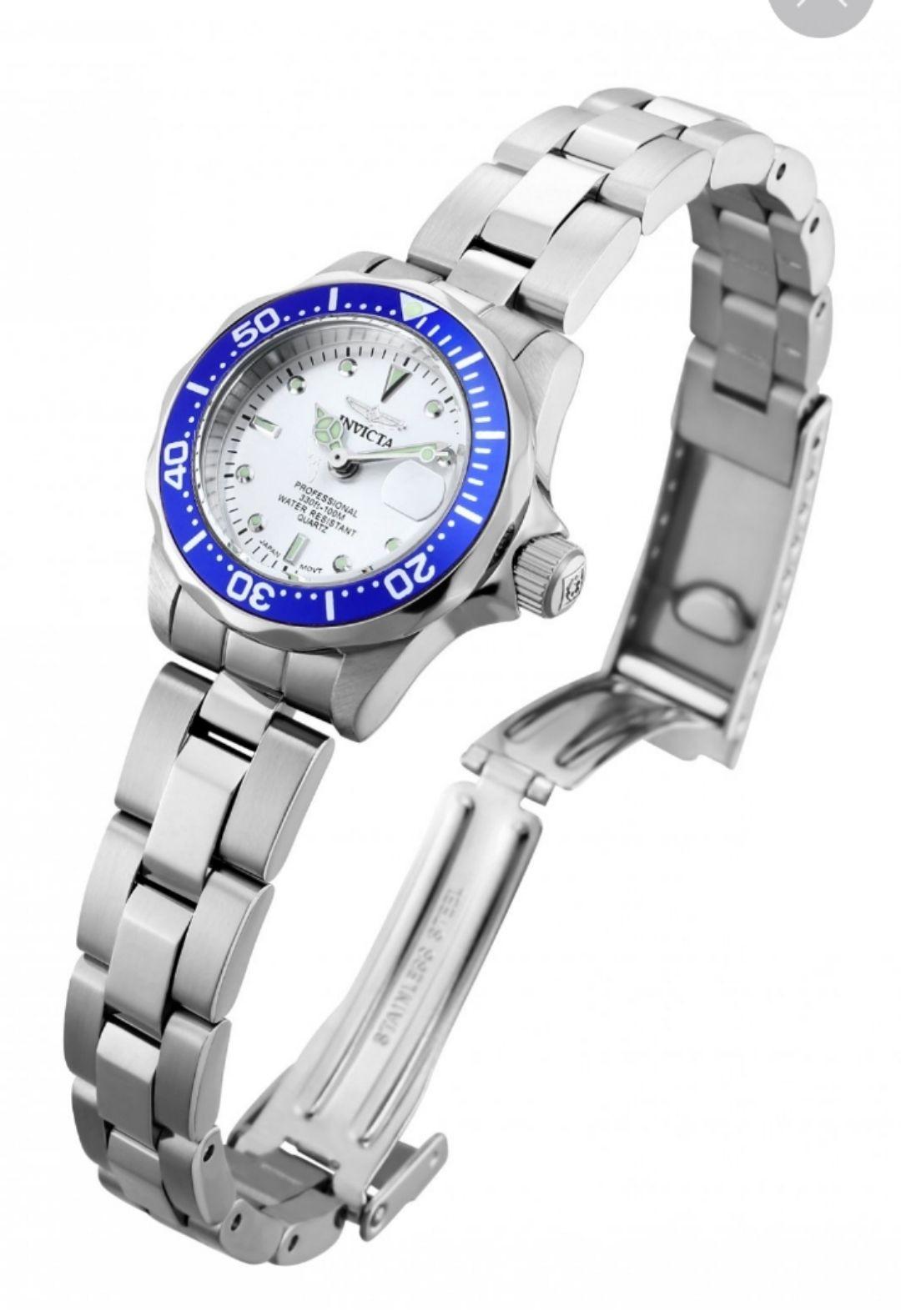 Invicta Women's 14125 Pro Diver Stainless Steel Bracelet Watch £49.93 Amazon US @ Amazon (UK Mainland only)