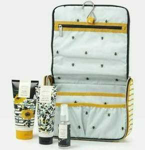 Joules Pick Of The Bunch Hanging Wash bag Gift set now £13.50 + £1.50 Click and collect ( Free on £15. Spend ) From Boots