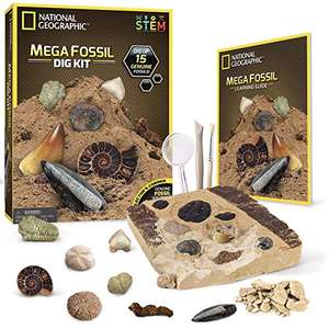 Nat Geo Mega Fossil Kit £19.99 Prime (+£4.49 NP) (15 real fossils incl. dinosaur bones) sold by National Geographic Science Toys FBA