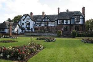 Grade II-listed Cheshire hotel including breakfast £59 (Two People) - Fully Refundable @ Travelzoo