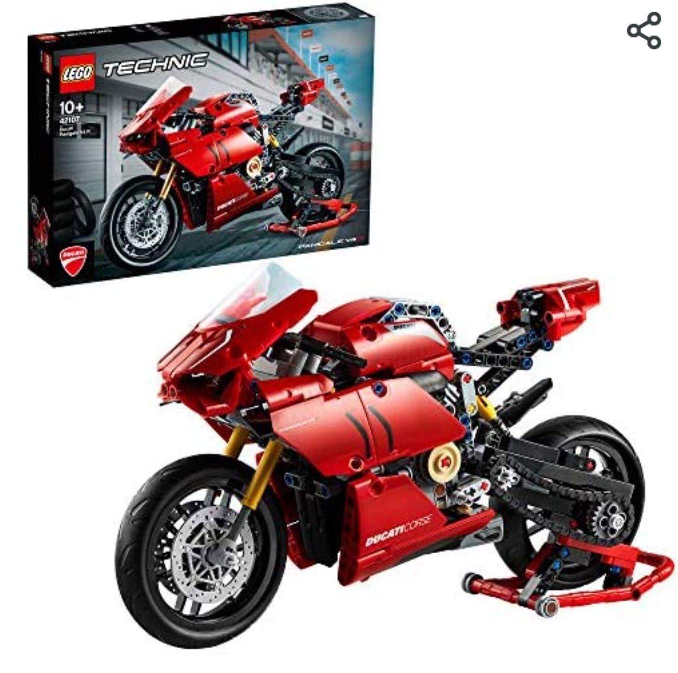 LEGO Technic 42107 Ducatti Panigale V4 R Motorbike £40.21 Amazon