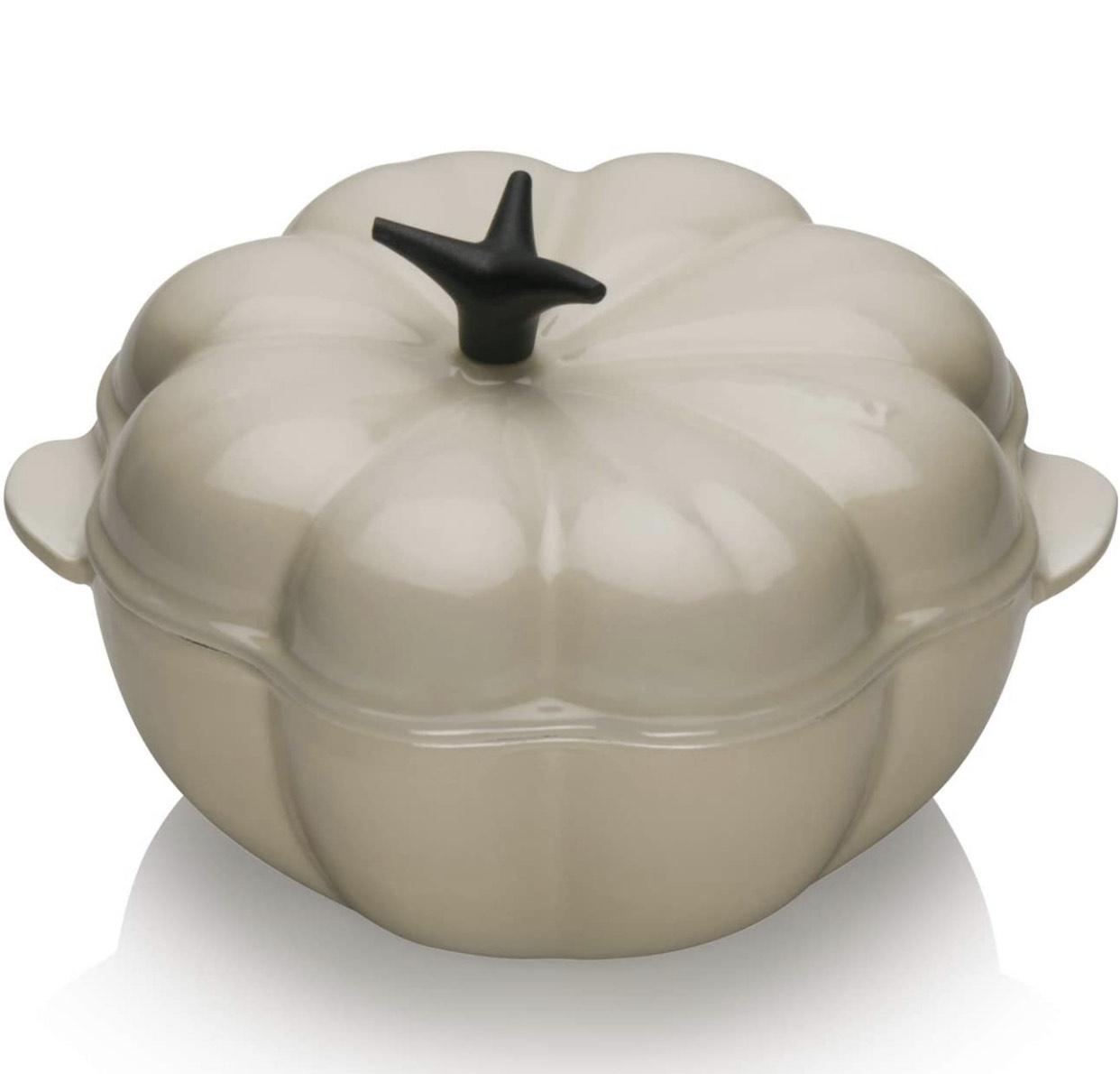 LE CREUSET Pumpkin Casserole with Lid, Cast iron, Diameter 22 cm £85.26 at Amazon