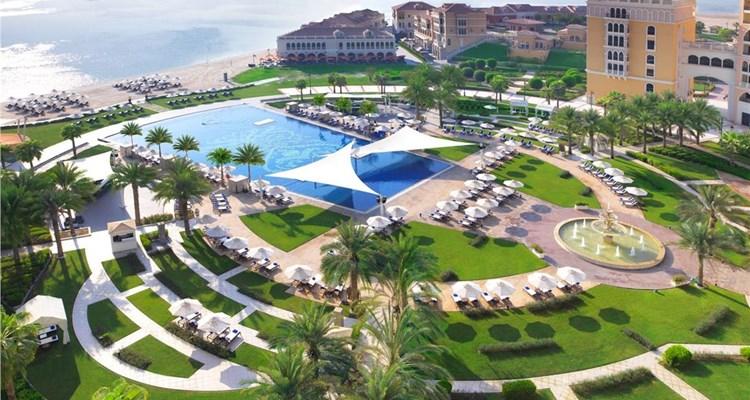 5* Ritz Carlton Grand Canal Abu Dhabi Hotel - 2 people sharing, Half Board - 2-12th July - £1183 (Flights not included) @ Travel Republic