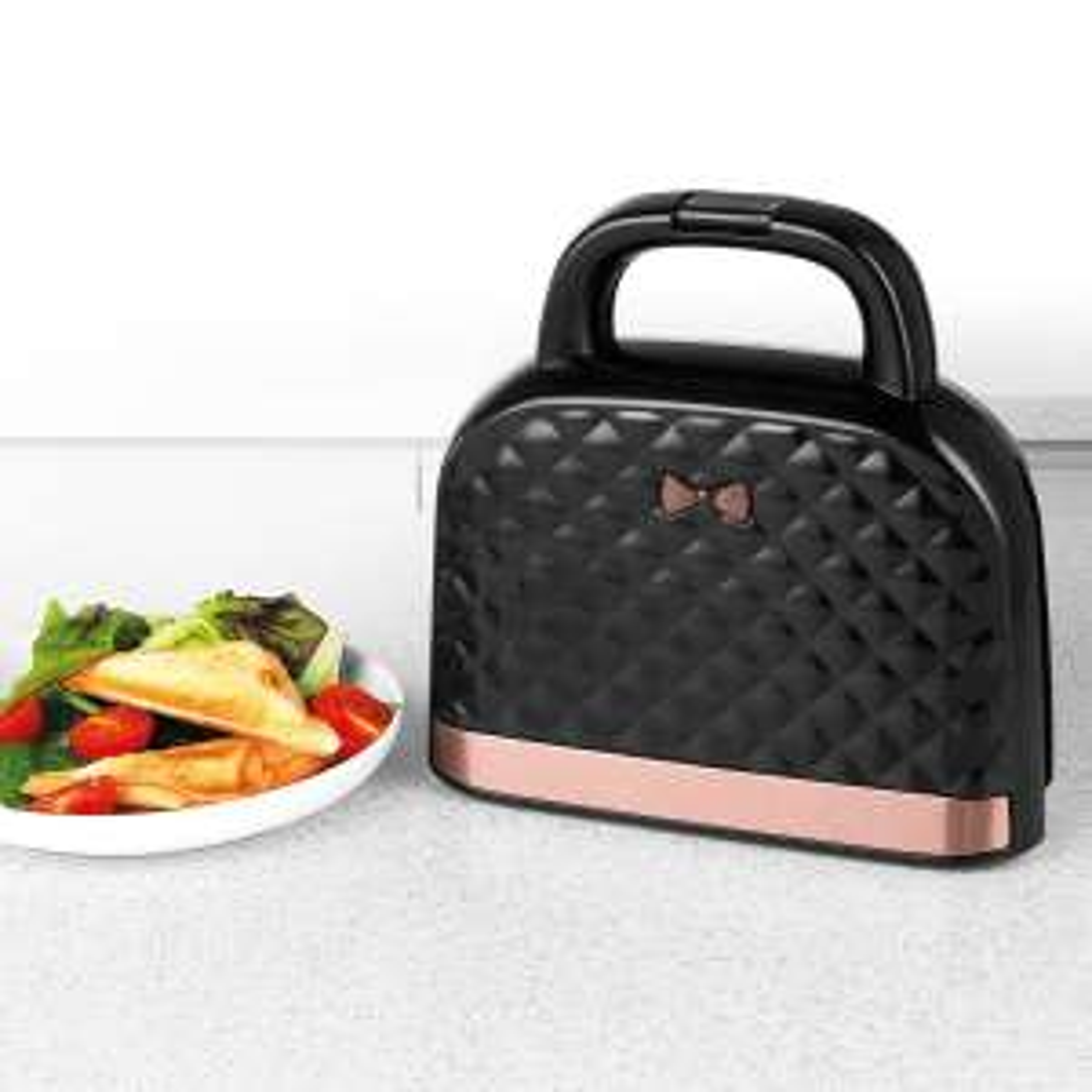 Salter EK3677 Handbag Style 2-Slice 750W Sandwich Toaster - Black and Rose Goldnow £25 Delivered @ Robert Dyas