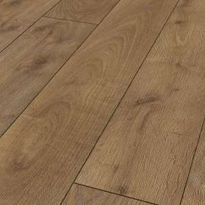 Bergen Oak or Albero White Oak Laminate Flooring 1.48m2 - £8.50 (£5.74 SQM) with free c&c or delivery over £75 (£7.95 if under) from Wickes