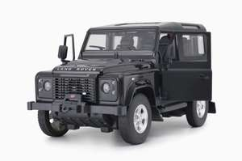 RASTAR 1003 Land Rover Defender 1:14 - RC Car £35.99 @ Amazon