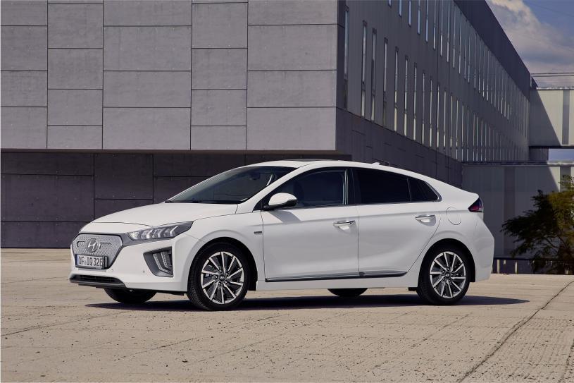 Hyundai Ioniq Electric Hatch 100kW Premium 38kWh 5000 miles 24m lease 1+23 £222.16 per month 222.16 upfront Term £5331.84 @ Evans Halshaw