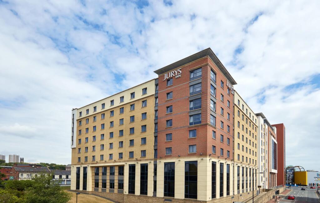 Central Newcastle - 4-star hotel - £35.10 per night - Many nights in June 2021 (eg 15/06/2021) @ Jury's Inn