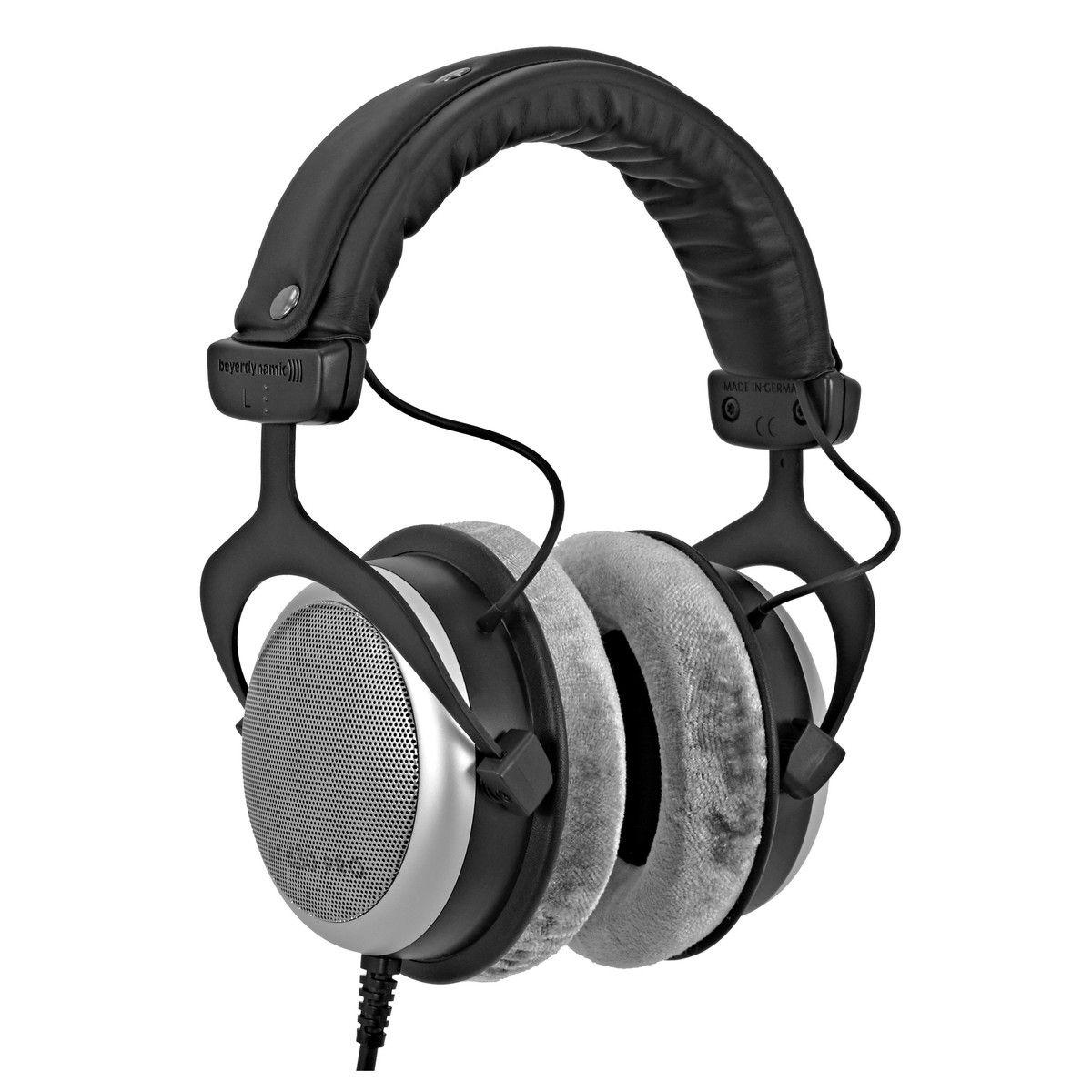 Beyerdynamic DT880 Pro 250 ohms Headphones £152 @ bax-shop