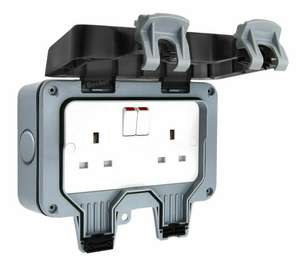 Masterplug 2 Gang Switched IP66 Outdoor Socket - £10 + £2 Click and Collect / £5 delivery @ Wilko