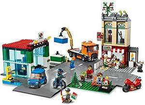 LEGO 60292 City Town Centre Building Set + Toy Motorbike, Bike, Truck, Road Plates & 8 Minifigures - £53.99 Amazon Prime Exclusive @ Amazon