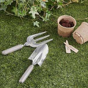 Elements stainless steel fork and spade gardening set with wooden handles for £5 click & collect @ Dunelm