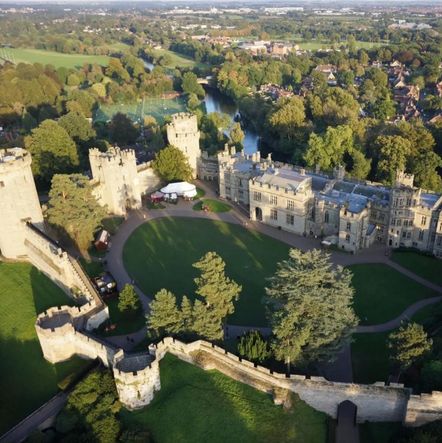 Aug to Dec Premier Inn Rooms £35 or less near attractions / theme parks - Warwick Castle / Alton Towers / Chessington + more @ Premier Inn