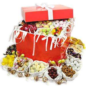 Captain Smollett's Traditional Box Save £5 Now £19.95 + £3.95 delivery Includes Gift Box & Gift Card @Treasure Island Sweets