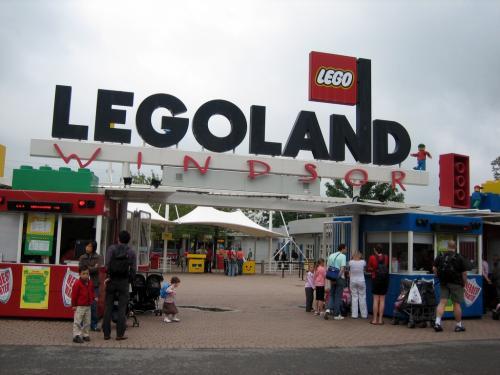 Legoland Tickets (1 adult + 1 child under 6) - £15 @ Legoland