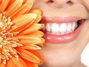 £18 for a 'Blue Light' Home Laser Teeth Whitening Kit from Laser White plus Free Delivery (Save 86%) @ Wahanda